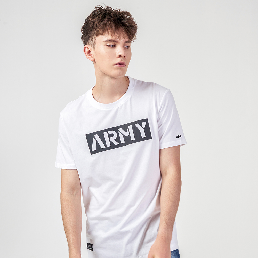 A Man's Guide To Wearing Hellen&Woody T-shirt ARMY Series